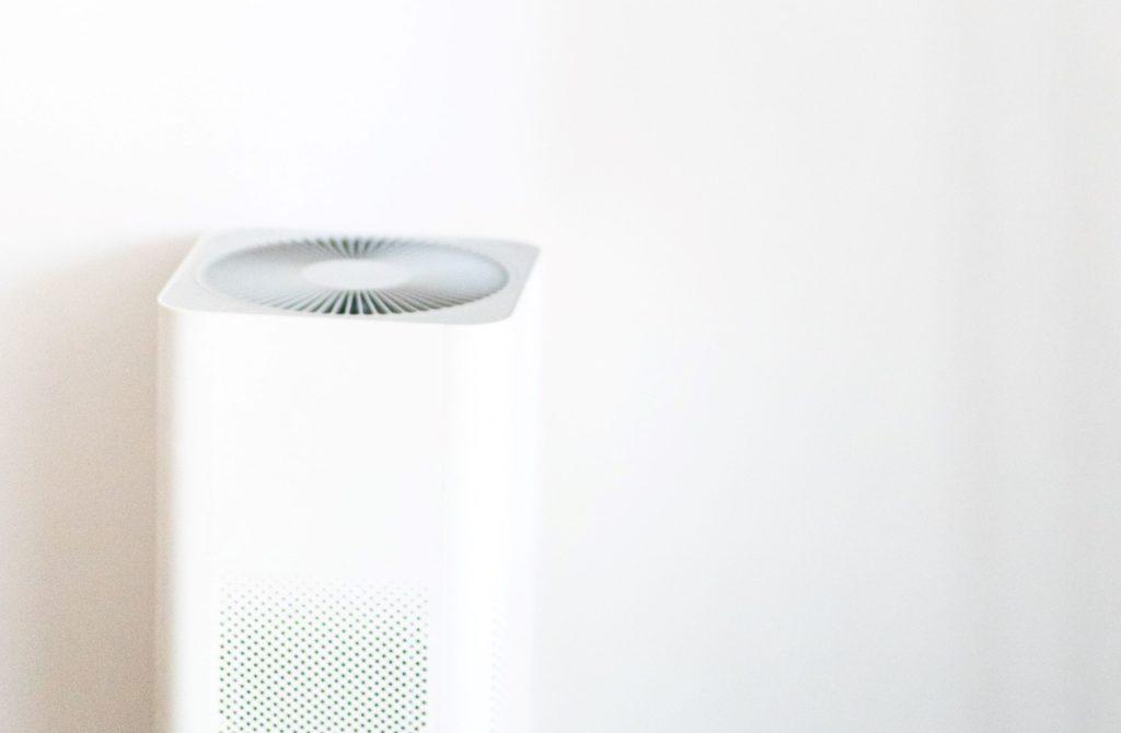 5 najlepszych oczyszczaczy powietrza do biura do 1000 zł